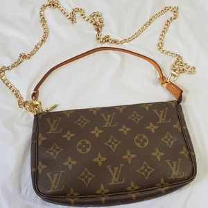 Authentic Louis Vuitton pochette purse